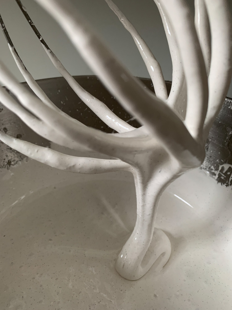 marshmallow icing dripping